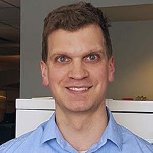 Dr. Erik Venos