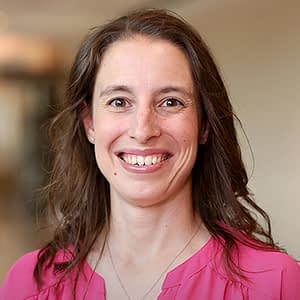 Dr. Kimberly Christine Hummer